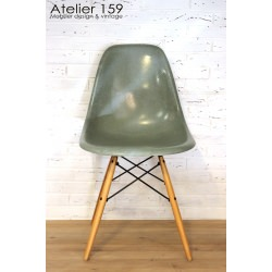DSW Chaise Eames originale Sea Foam Green Herman Miller