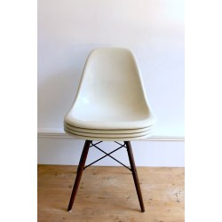 Lot de 6 DSW Chaises Eames originales et vintage off-white Herman Miller