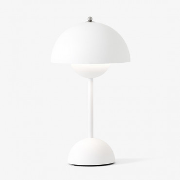 Lampe de table sans fil FlowerPot Matt White VP9 by Verner Panton - &Tradition