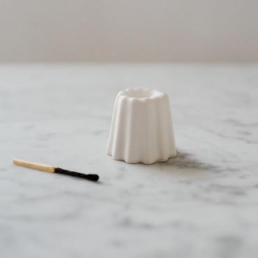 """Bougeoir """"canelé"""" en porcelaine blanc mat - Ovo"""